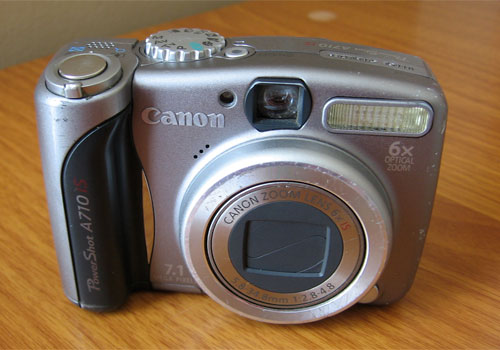 """Canon 710 IS, a basic digital point-and-shoot camera for outdoor photography"